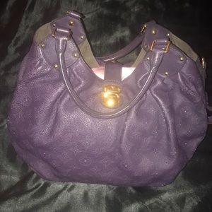 Purple Louis Vuitton Mahina leather L bag